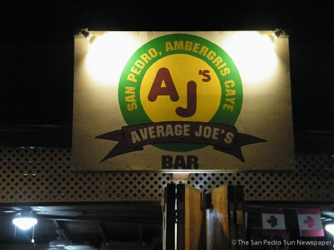 average-mondays-at-average-joes-2