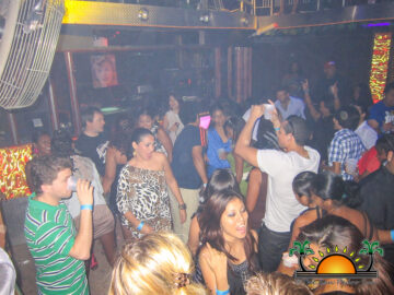 San-Pedro-Nightlife-11