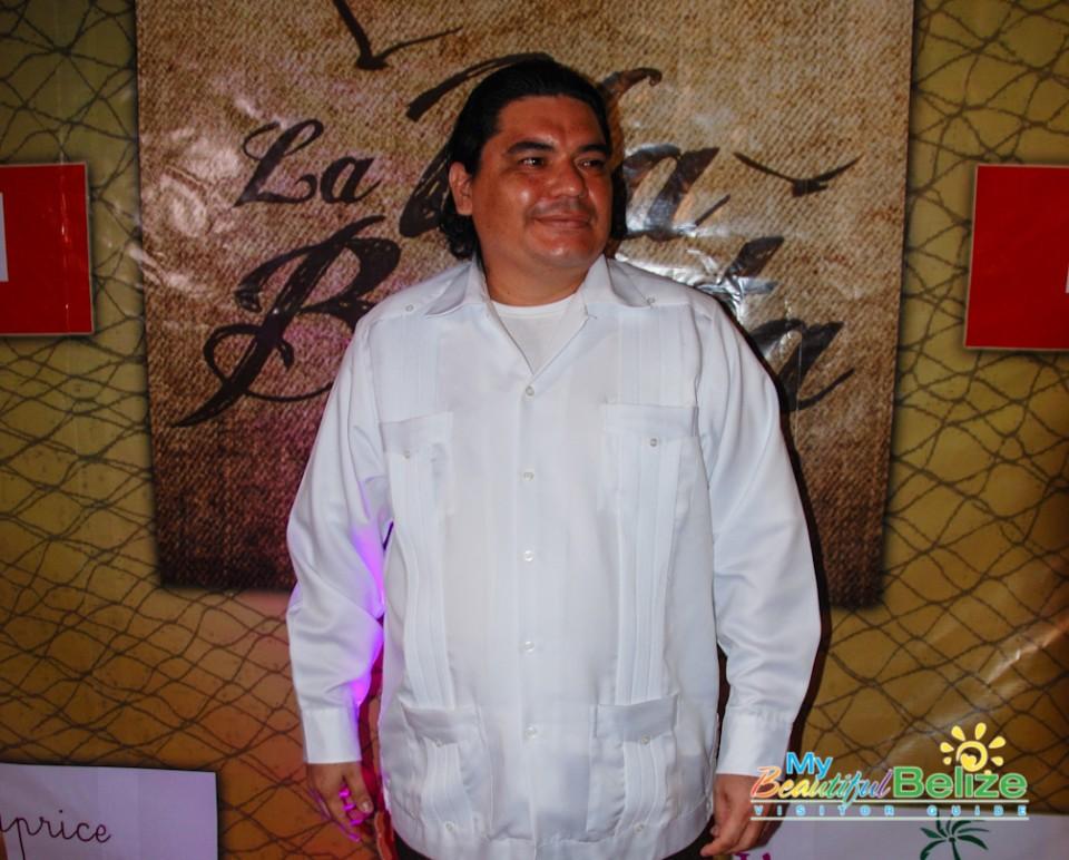 La Isla Bonita Telenovela Review-8