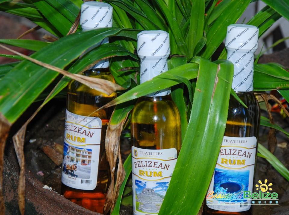 Travellers Liquors Belizean Rum Kuknat-14