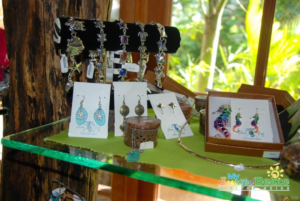 Ramon's Tiki Turtle Trading Company Shopping-1