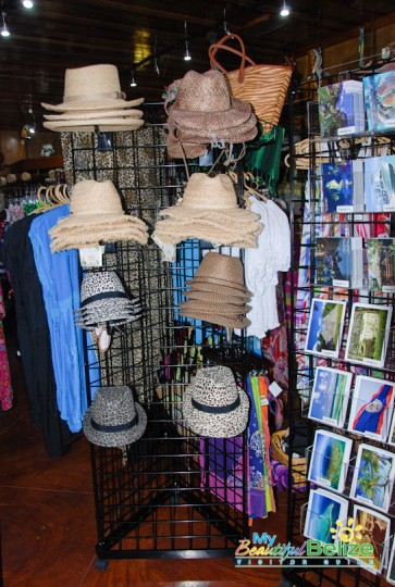 Ramon's Tiki Turtle Trading Company Shopping-3