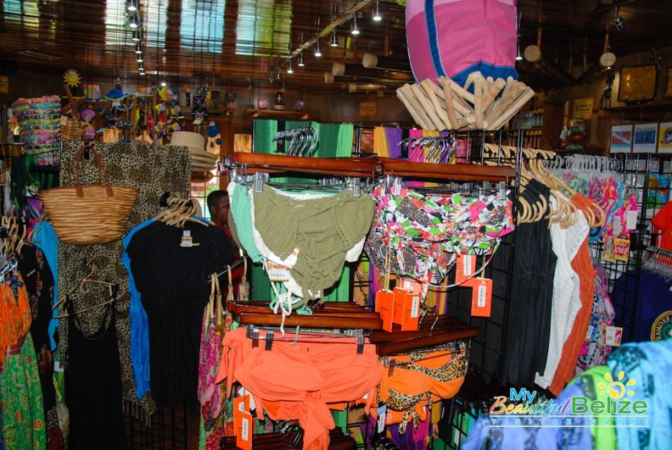 Ramon's Tiki Turtle Trading Company Shopping-5