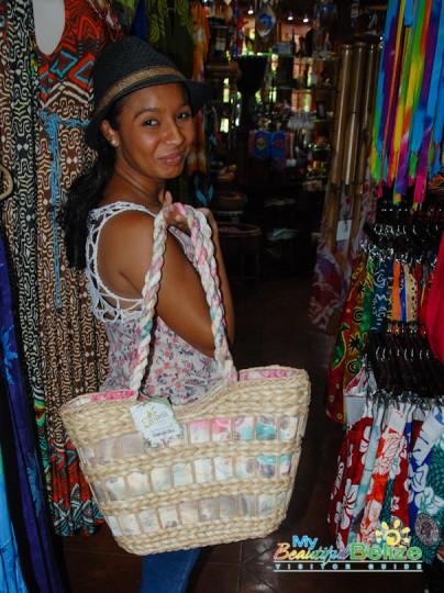 Ramon's Tiki Turtle Trading Company Shopping-6