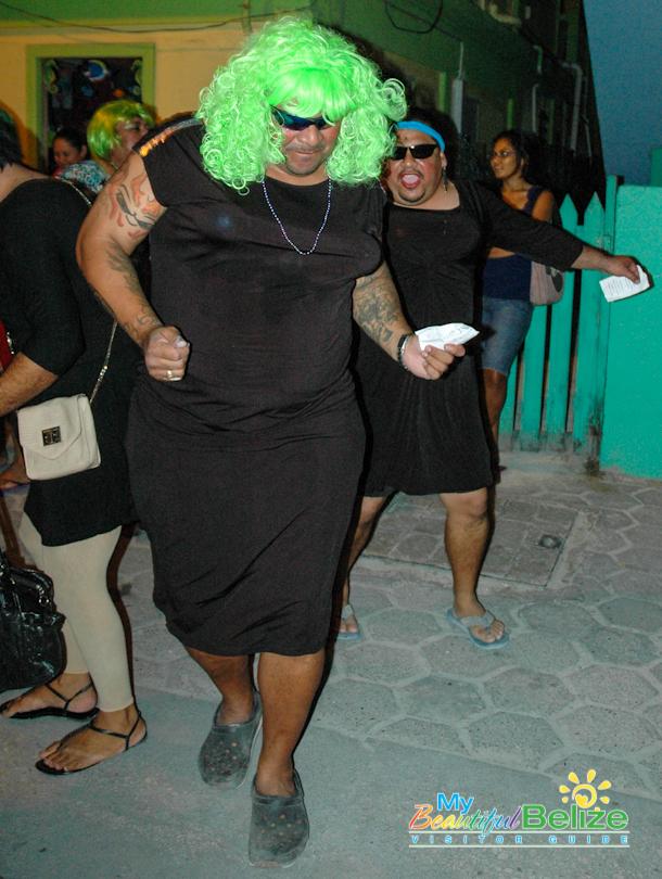Carnaval Barbies-5