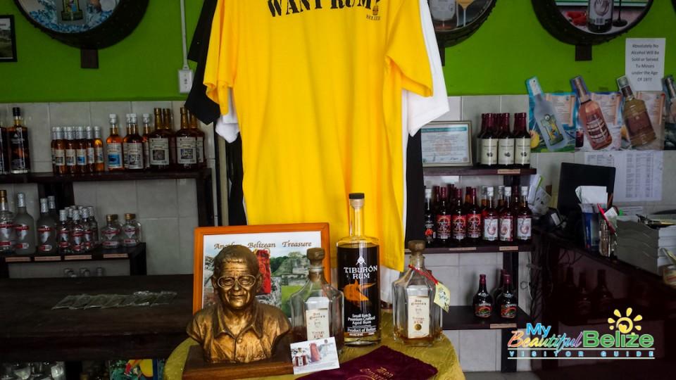 Travellers Liquors Belizean Rum Kuknat-4