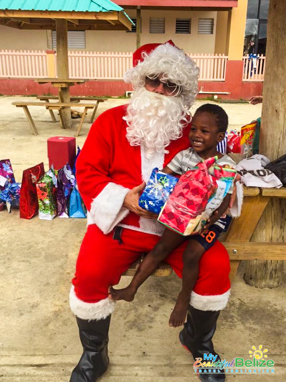 Spirit Of Christmas Past Costume.Deck The Halls With The Spirit Of Christmas Giving In Belize